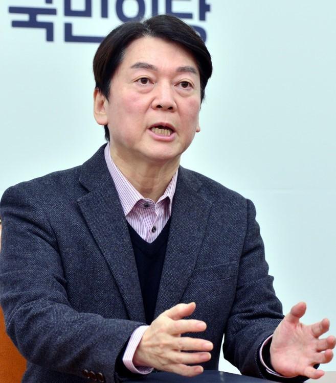 People's Party Chairman Ahn Cheol-soo (Park Hyun-koo/The Korea Herald)