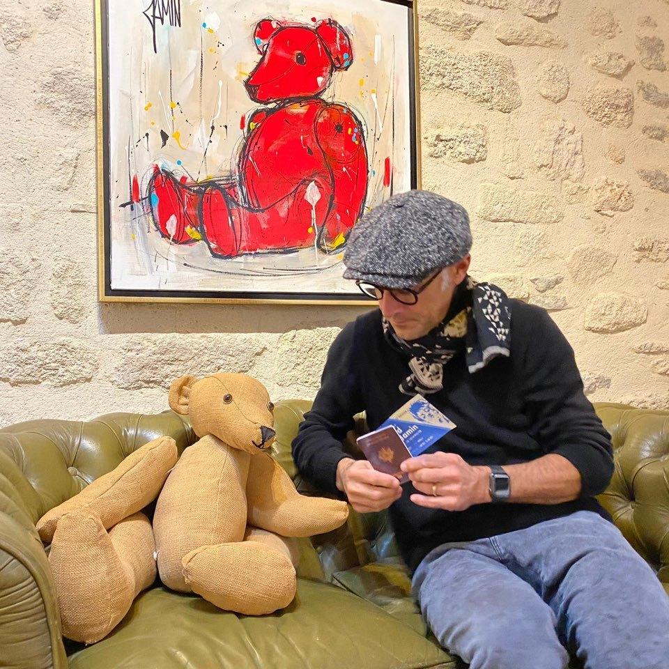 David Jamin and his teddy bear (Via Canvas)