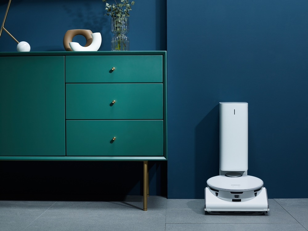 Samsung's new AI-powered home cleaning bot JetBot 90 AI+ (Samsung Electronics)