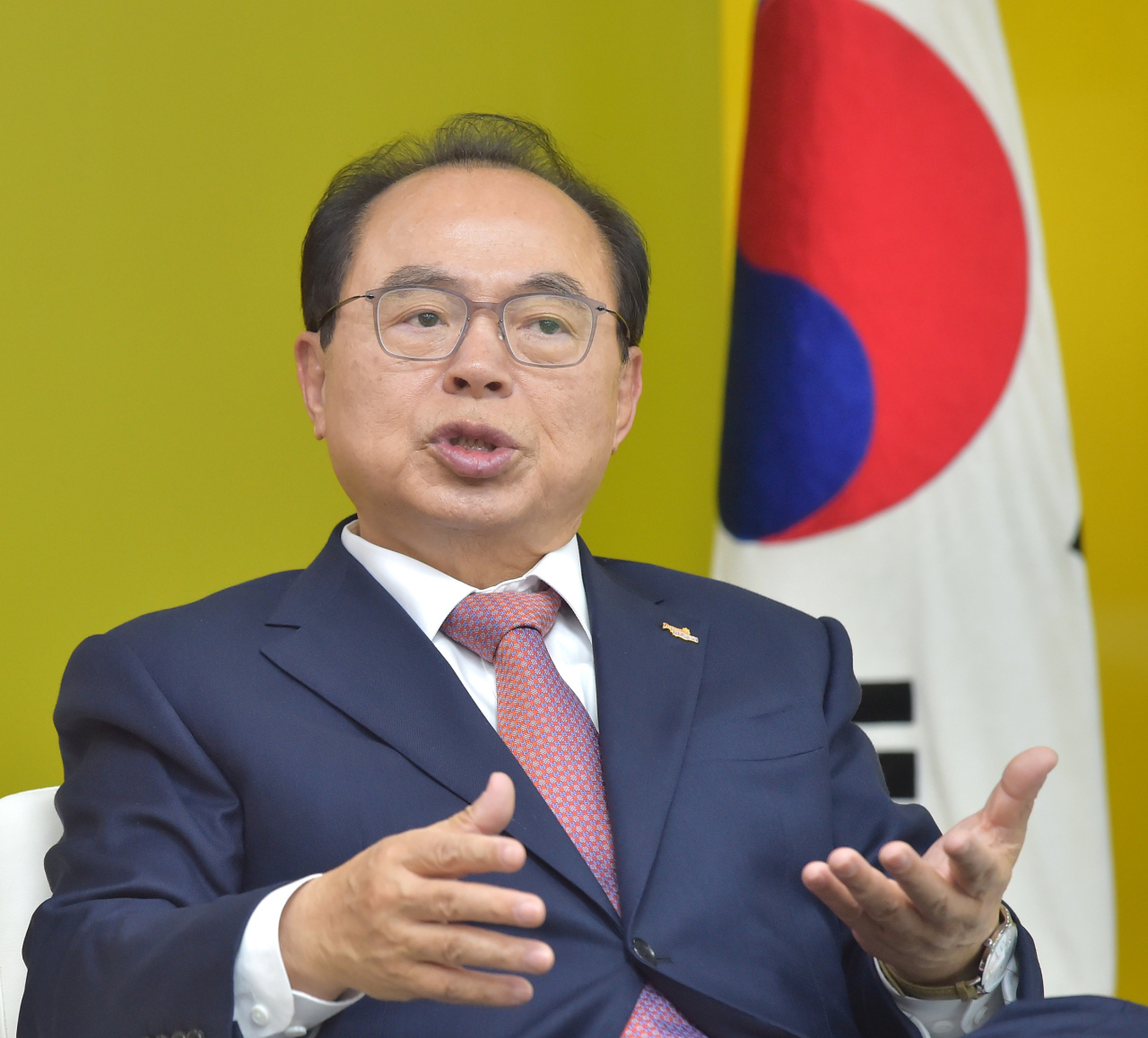 Former Busan Mayor Oh Keo-don speaks during a press interview in a photo provided by Busan Metropolitan Government. (Busan Metropolitan Government)