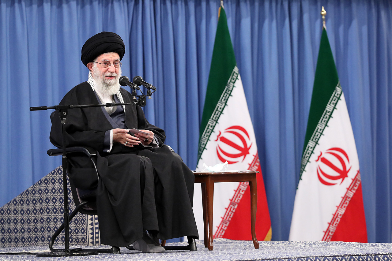 A handout picture provided by the office of Iran's Supreme Leader Ayatollah Ali Khamenei on Sunday, shows him delivering a speech in front of commanders of the air force,days ahead of the 42nd anniversary marking the victory of the Islamic revolution. (AFP-Yonhap)
