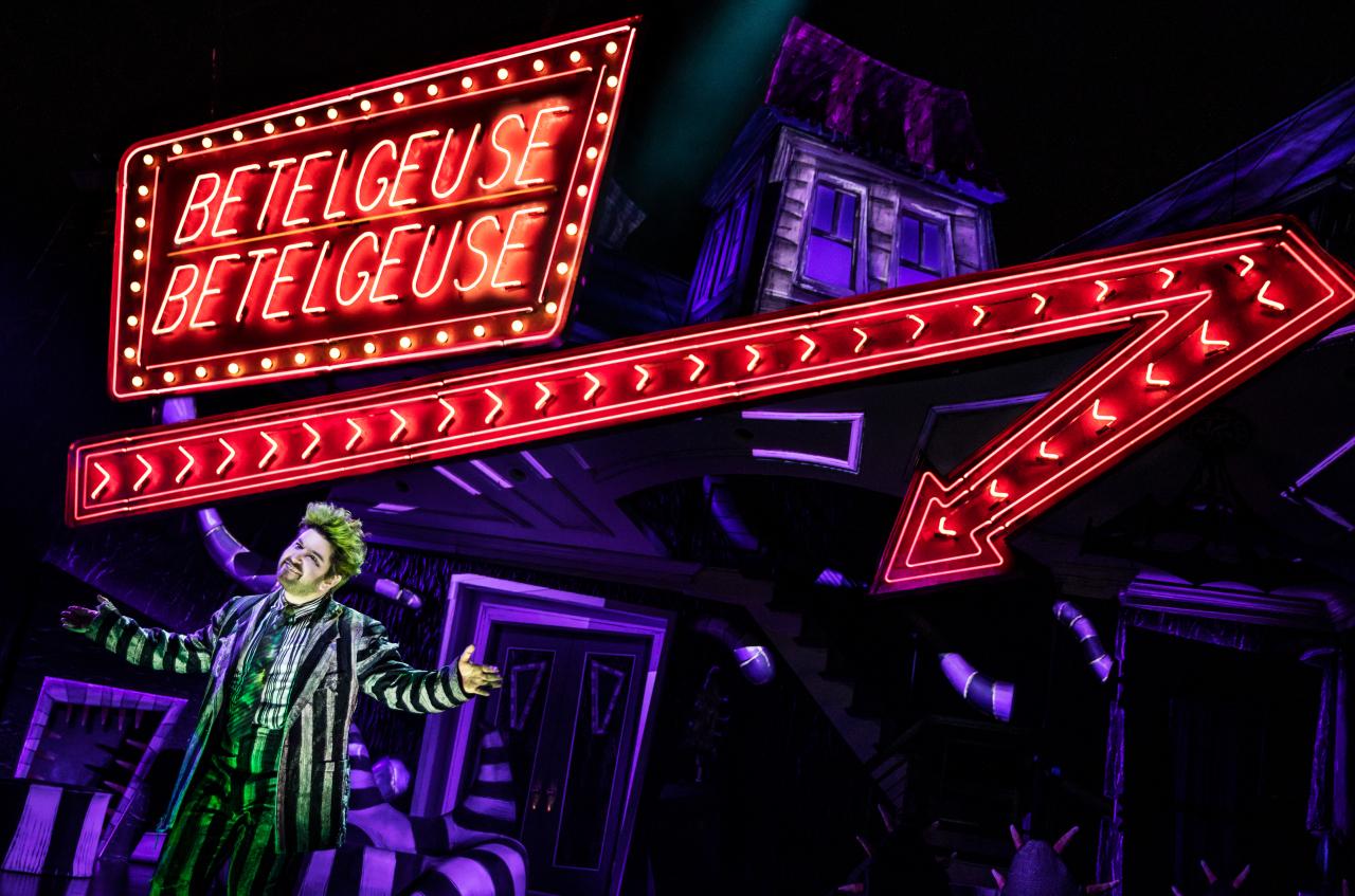 "A scene from the musical ""Beetle Juice"" (Matthew Murphy/Sejong Center)"
