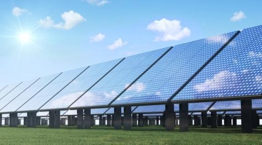 A visual concept image of solar panels. (123rf)