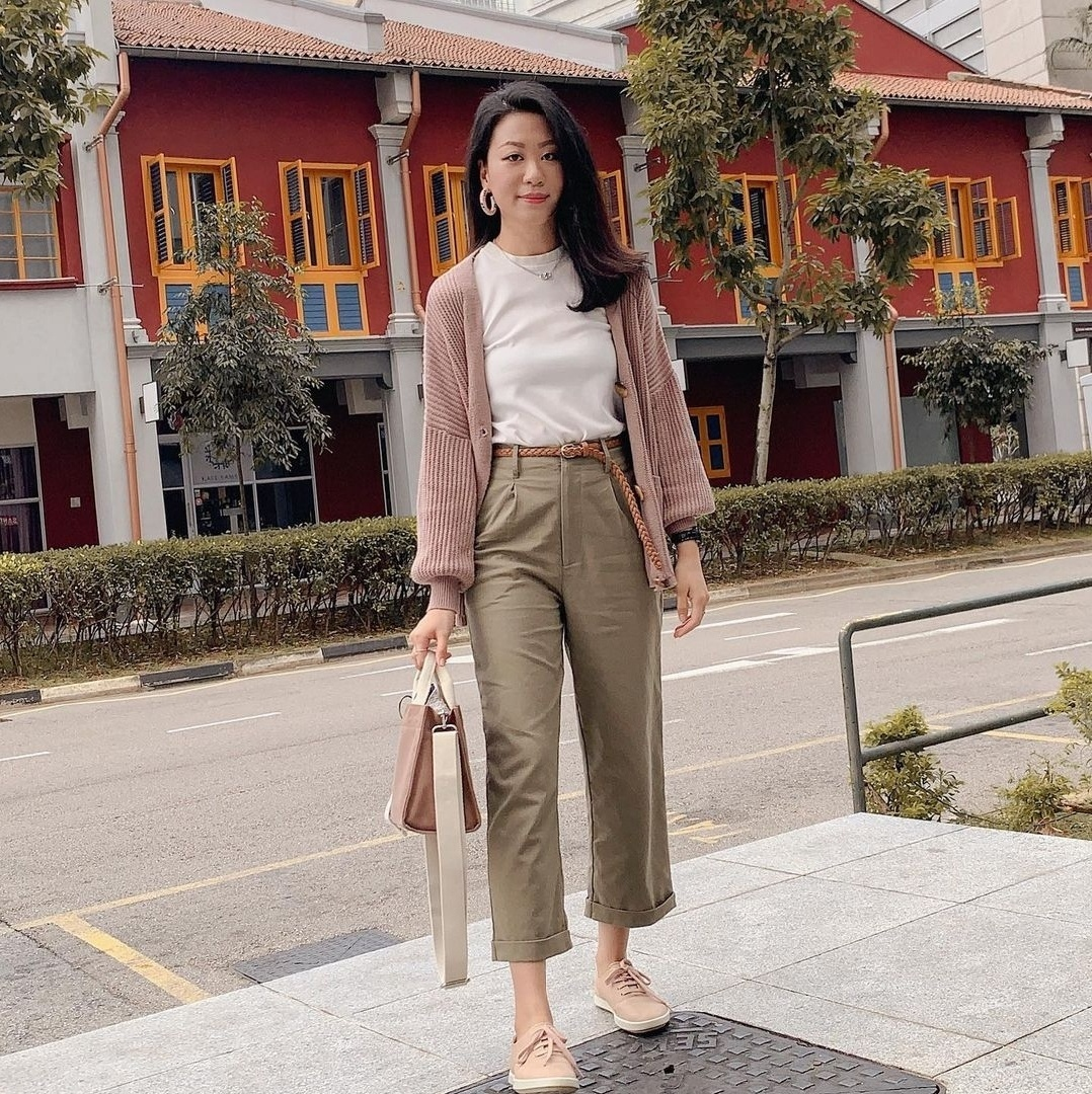 Roanna Tan from Singapore wears Korean vegan fashion brand Marhen J. (Roanna Tan's Instagram)