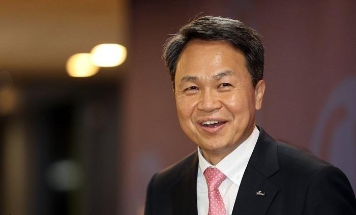 Shinhan Bank CEO Jin Ok-dong (Yonhap)