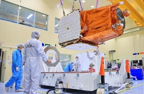 Researchers prepare to transport the country's next-generation observation satellite in this photo provided by the Ministry of Science and ICT on Feb. 8, 2021. (Ministry of Science and ICT)