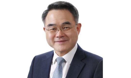 IAP President Hwang Cheol-kyu