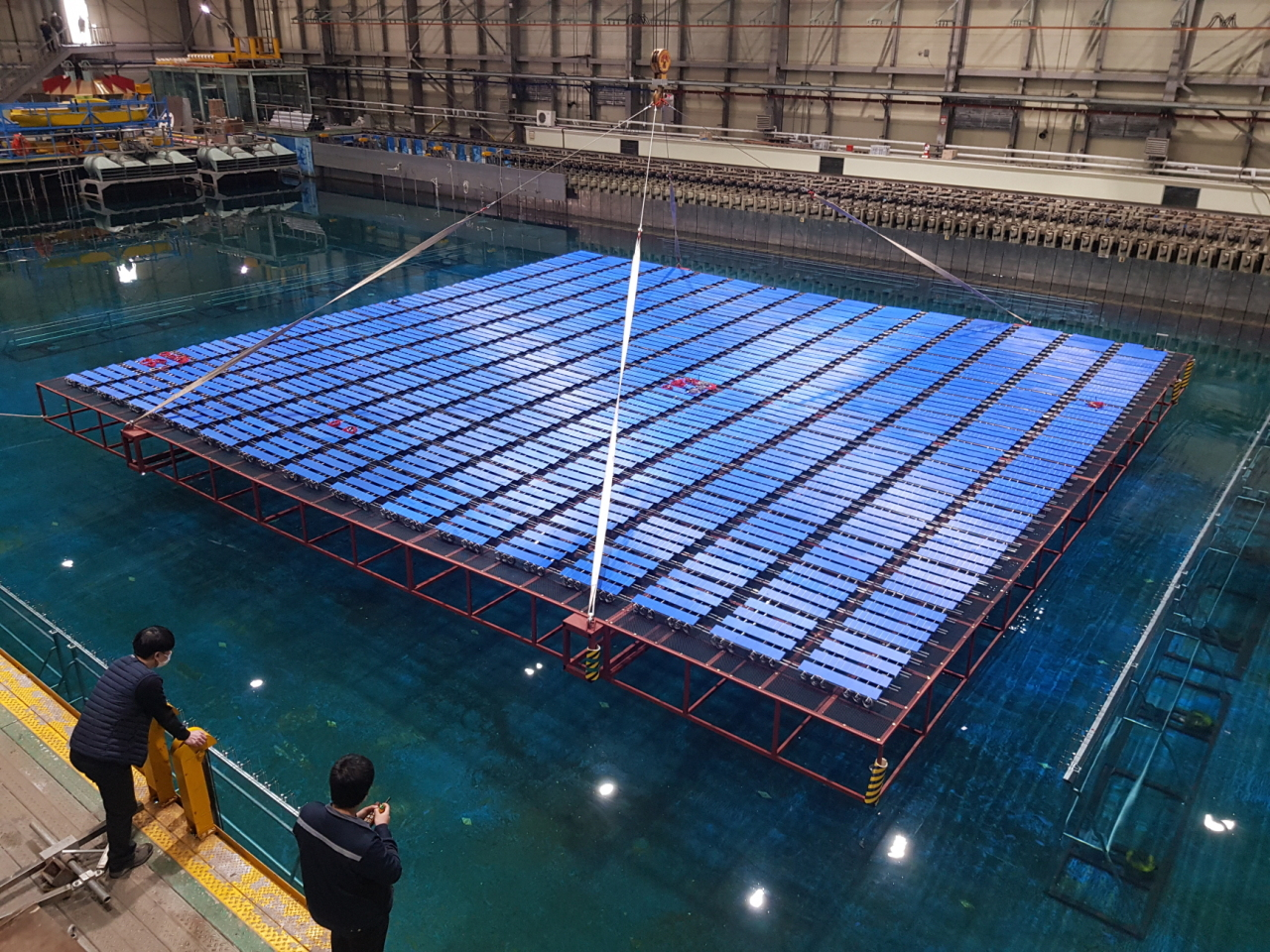 Korea's biggest marine floating solar panel (Korea Hydro & Nuclear Power)