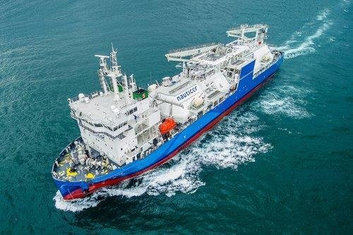 This photo, provided by Hyundai Mipo Dockyard Co. on Monday, shows a LNG bunkering ship built by the shipbuilder. (Hyundai Mipo Dockyard Co.)