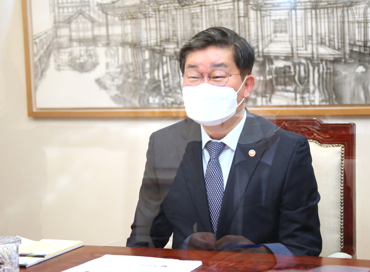 South Korea's Minister of the Interior and Safety Jeon Hae-cheol speaks during an interview with Yonhap News Agency at the government complex in Seoul on Friday. (Yonhap)
