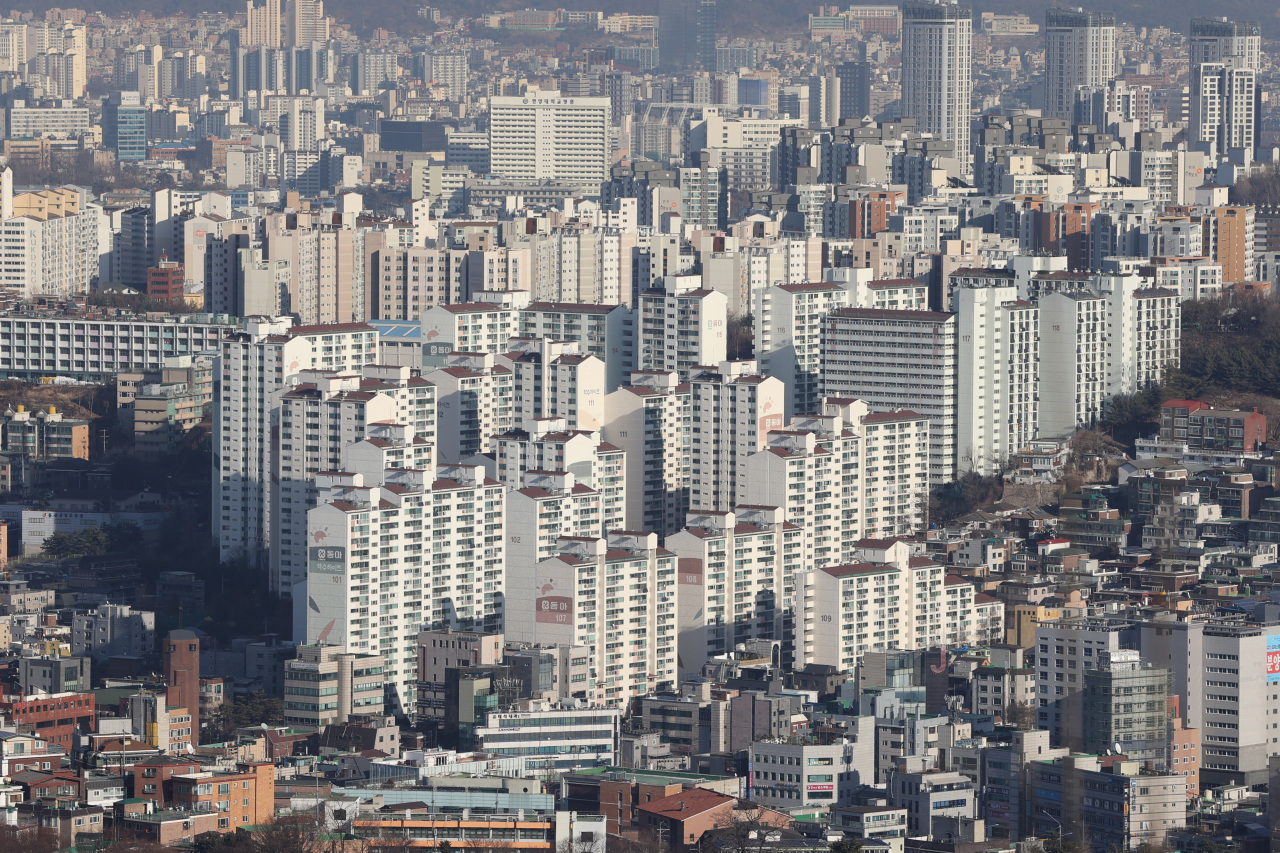 An aerial view of residential area in Seoul (Yonhap)