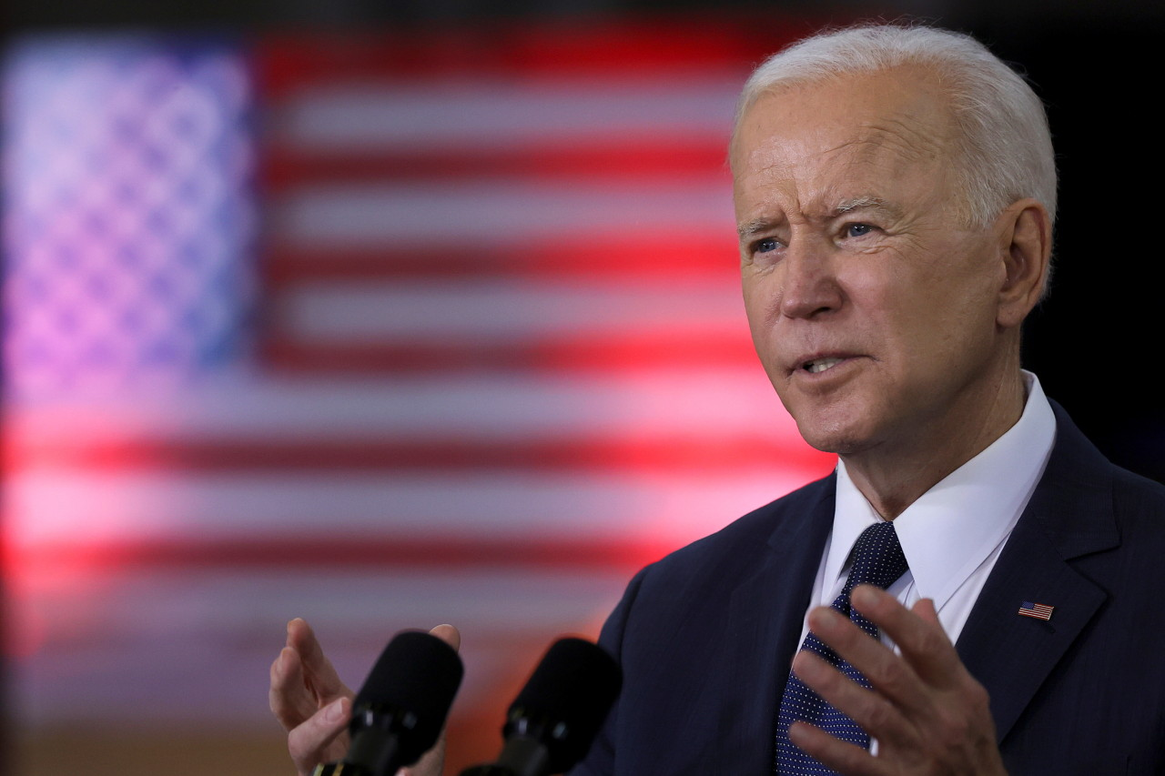 This file photo, released by Reuters on March 31, 2021, shows US President Joe Biden speaking about an infrastructure plan at Carpenters Pittsburgh Training Center in Pittsburgh, Pennsylvania. (Reuters-Yonhap)