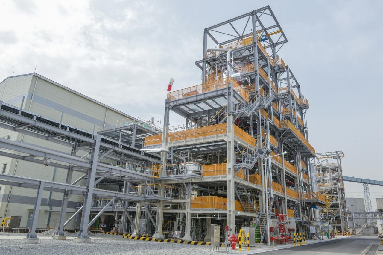 LG Chem's second carbon nanotube production facility in Yeosu, South Jeolla Province. (LG Chem)