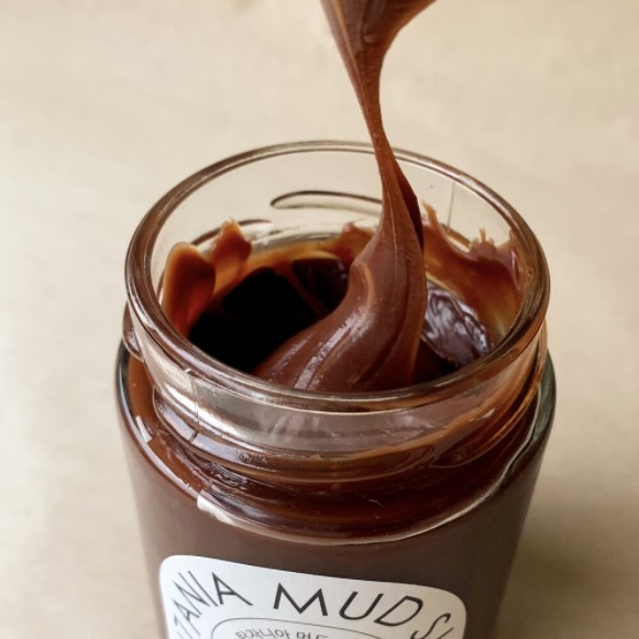 Cacaodada released in March a chocolate jam called Tanzania Mud Sweets which is crafted exclusively with cacao beans from Tanzania (Cacaodada)