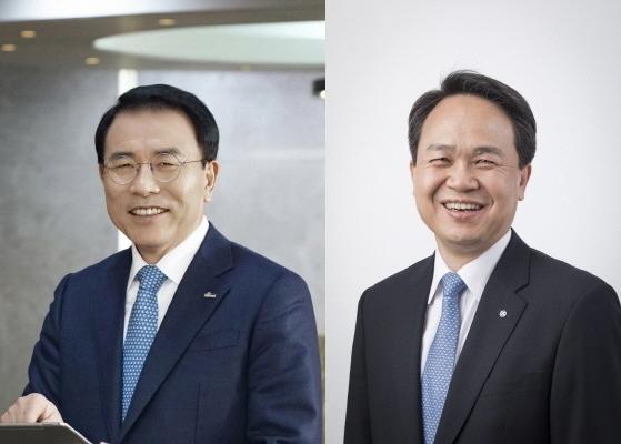 Shinhan Financial Group Chairman Cho Yong-byoung and Shinhan Bank CEO Jin Ok-dong (Yonhap)