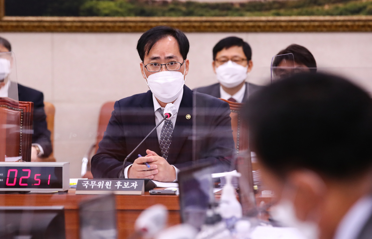 Oceans Minister nominee Park Jun-young responds to a lawmaker's question during a confirmation hearing at the National Assembly in Seoul on Tuesday. (Yonhap)