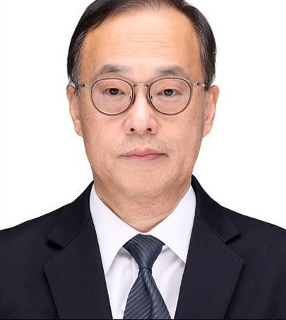 Choi Young-chang, chairman of the Korea Cultural Heritage Foundation (CHA)
