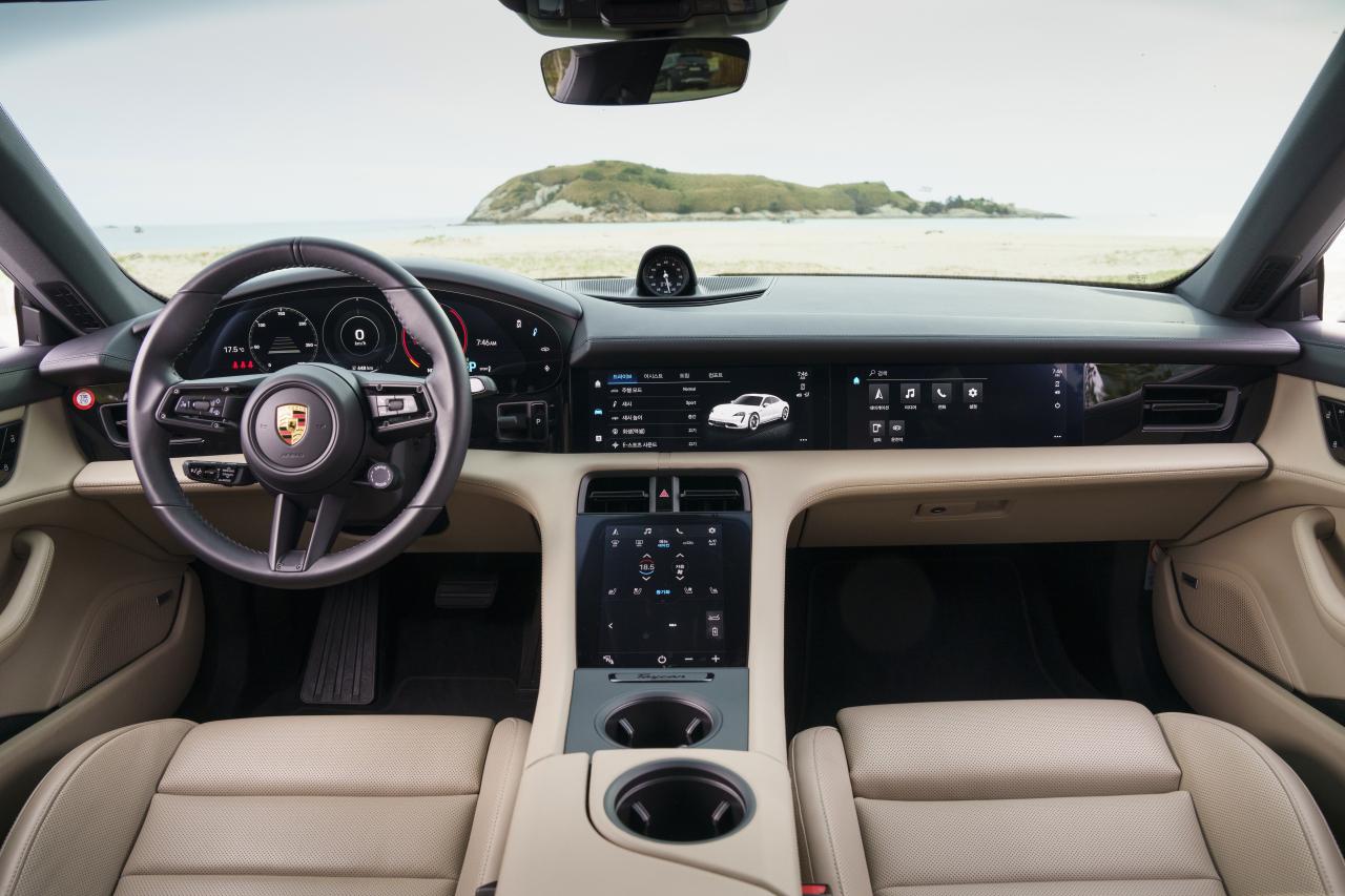 The Porsche Taycan 4S (Porsche Korea)