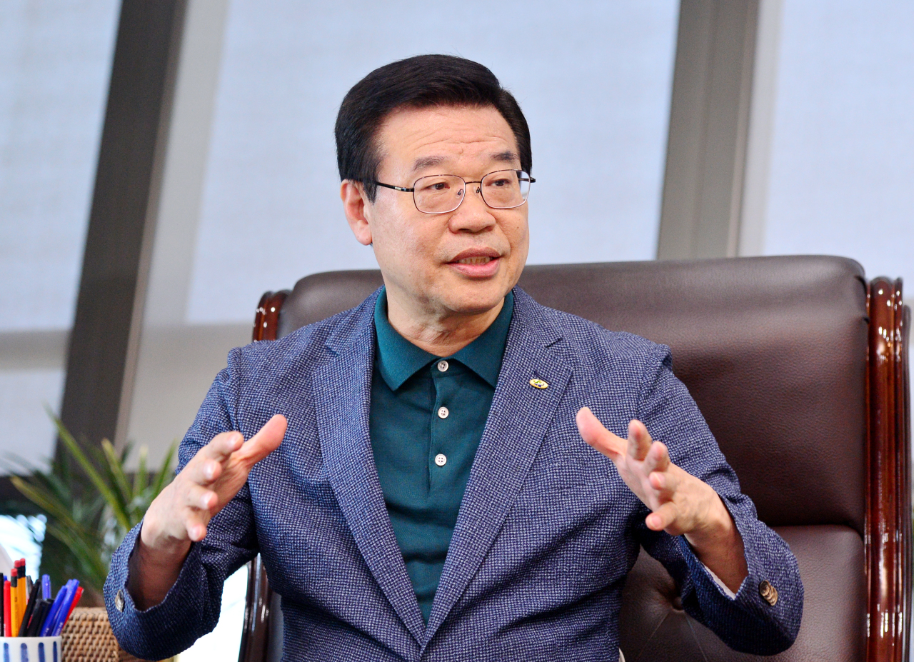 Sung Jang-hyun, the mayor of Yongsan-gu (Park Hyun-koo/The Korea Herald)