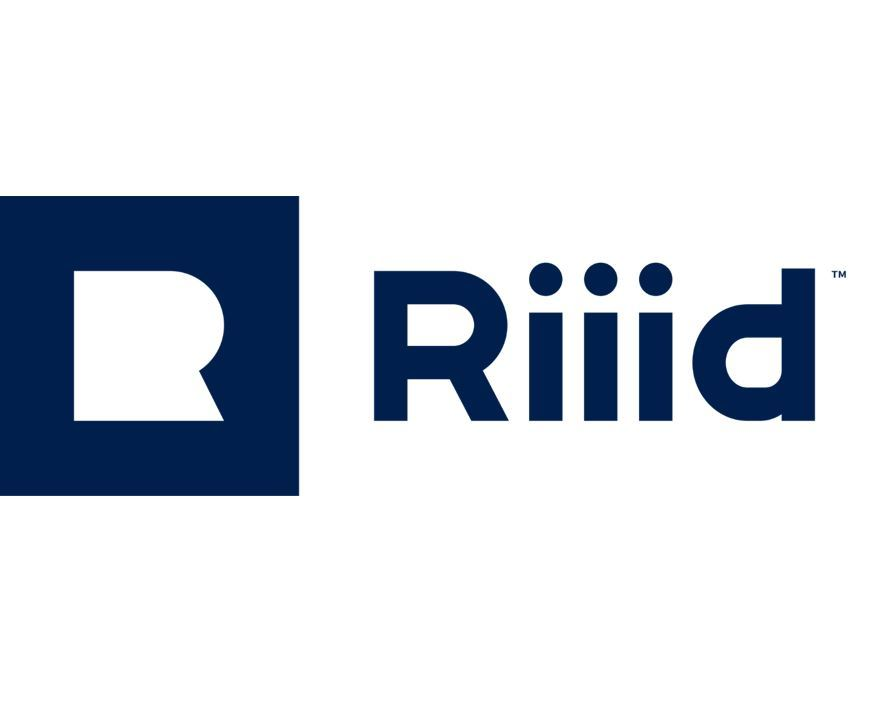 A logo of Riiid