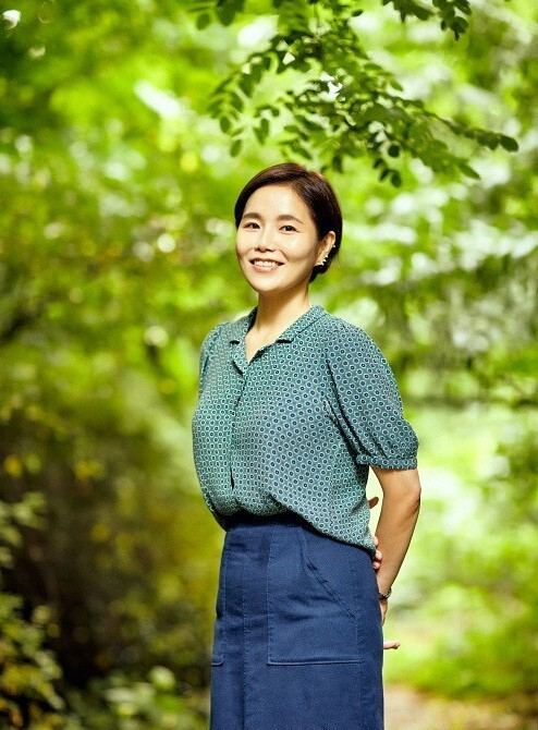 "Author of ""Iparapa Yamooyamoo,"" Lee Gee-eun (Korean Publishers Association)"