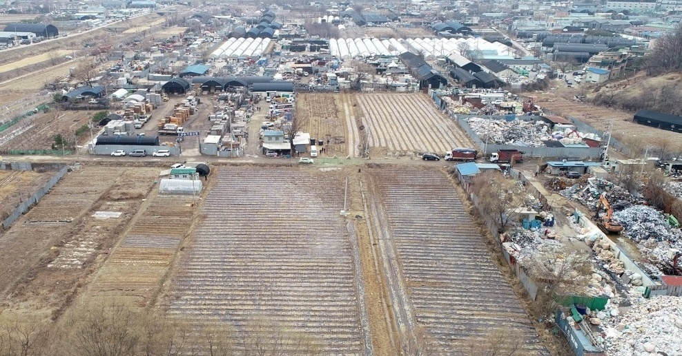 This photo shows part of land lots in Siheung, just south of Seoul, purchased by officials of the Korea Land & Housing Corp. (LH), a state-run housing developer, in alleged speculation by using internal information prior to the announcement of a government plan to build a new town there. (Yonhap)