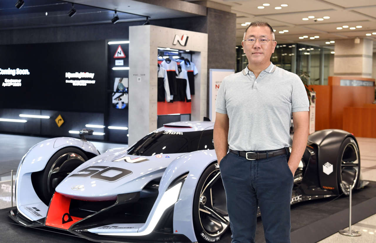 Hyundai Motor Group Chairman Chung Euisun poses in front of the automaker's high-performance N Brand models. (Hyundai Motor)