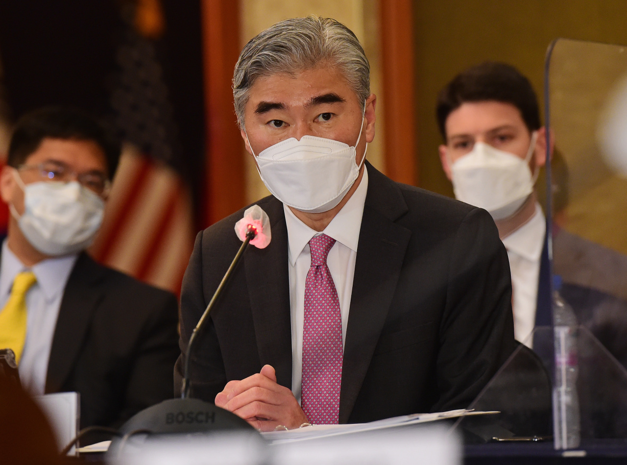 Sung Kim, US special representative for North Korea, speaks during trilateral talks with his South Korean and Japanese counterparts at the Lotte Hotel in central Seoul on Monday. (Yonhap)