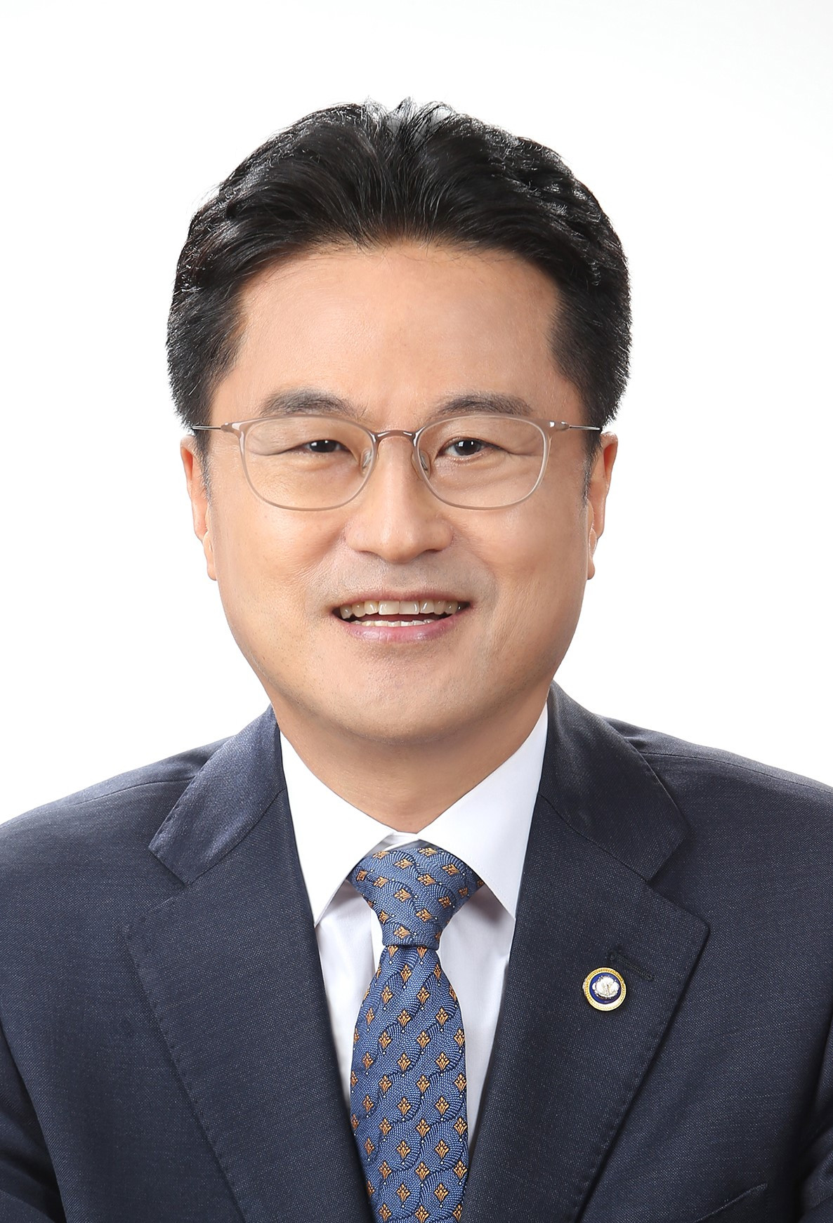 Kim Chung-woo, the administrator of the Public Procurement Service