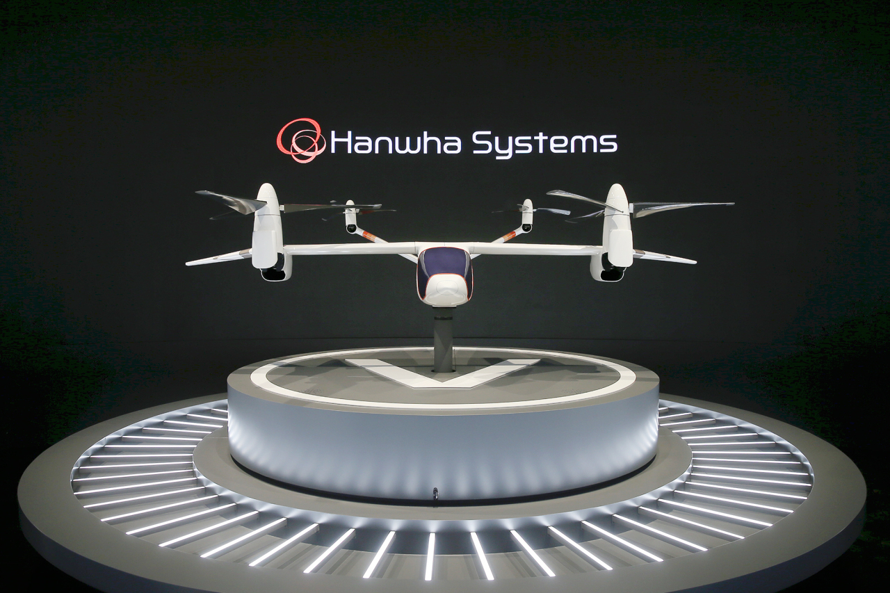 A mock-up of the flying car Butterfly currently being developed by Hanwha Systems and Overair (Hanwha Systems)