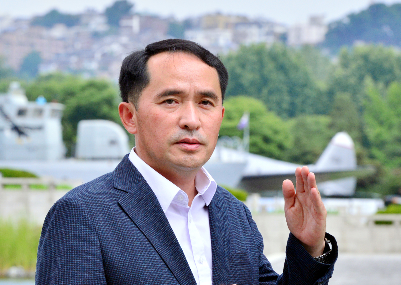 Choi Won-il, former captain of the warship Cheonan, poses for a photo during an interview with The Korea Herald at the War Memorial of Korea in Yongsan, central Seoul. (Park Hyun-koo/The Korea Herald)