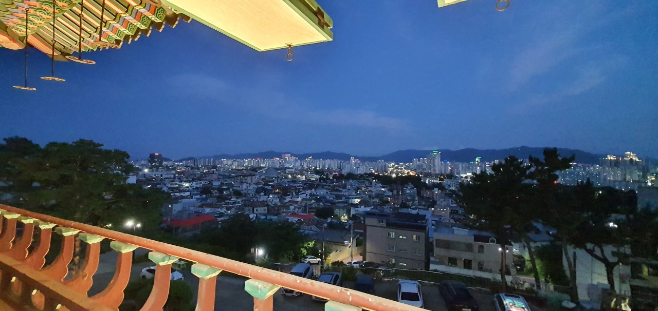 A view of downtown Daegu on the evening of July 1 (Kim Hae-yeon/The Korea Herald)