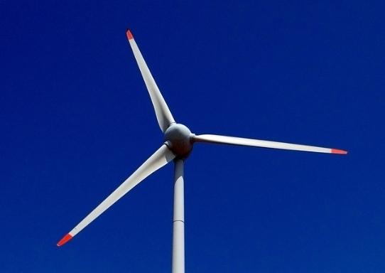 A wind turbine (Herald DB)
