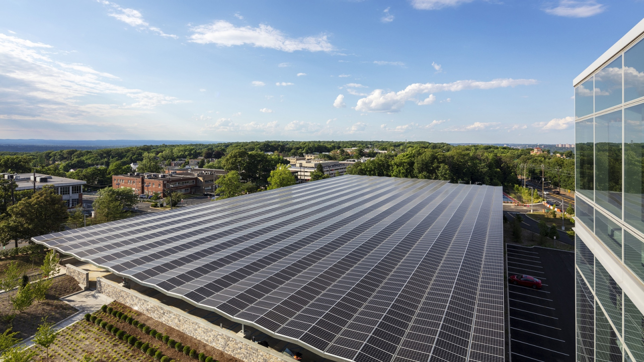 LG Electronics' rooftop solar farm is shown at the company's North American headquarters in Englewood, New Jersey. (LG Electronics)