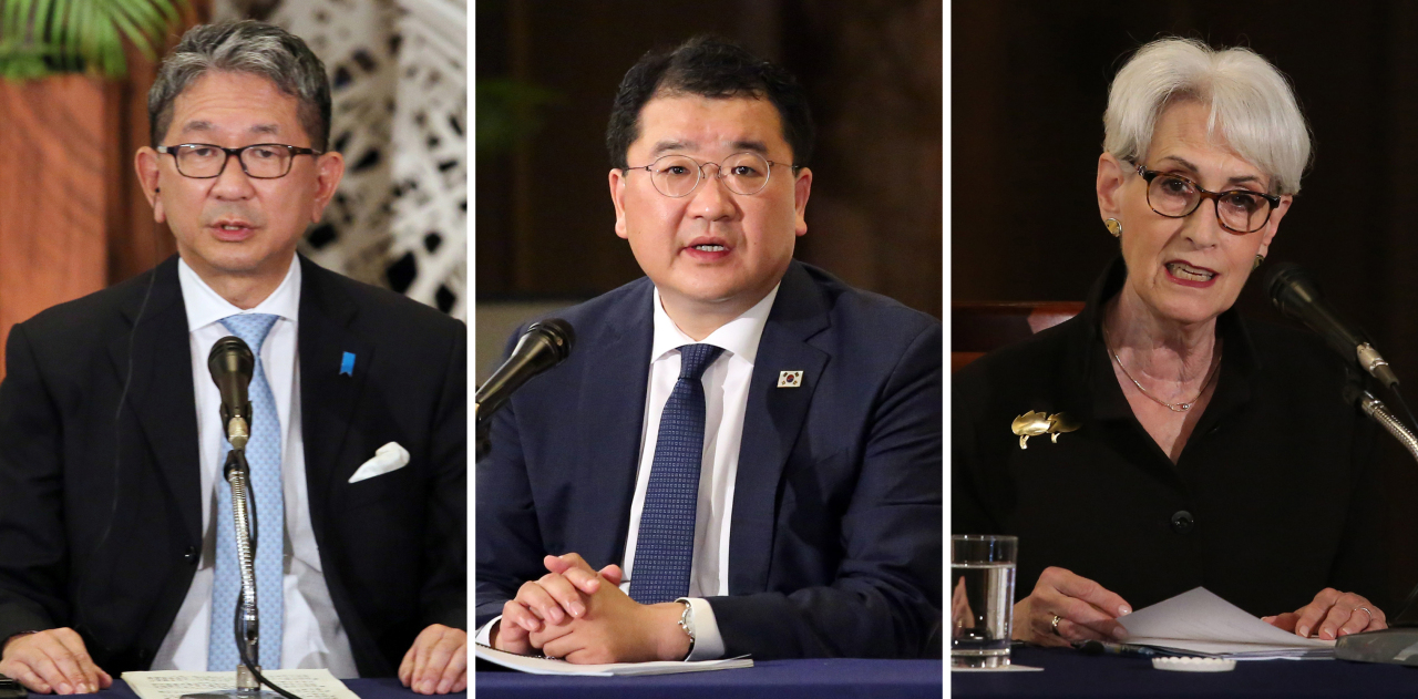 From left are Japan's Vice Minister for Foreign Affairs Takeo Mori, Korea's First Vice Foreign Minister Choi Jong-kun and US Deputy Secretary of State Wendy Sharman. (Yonhap)
