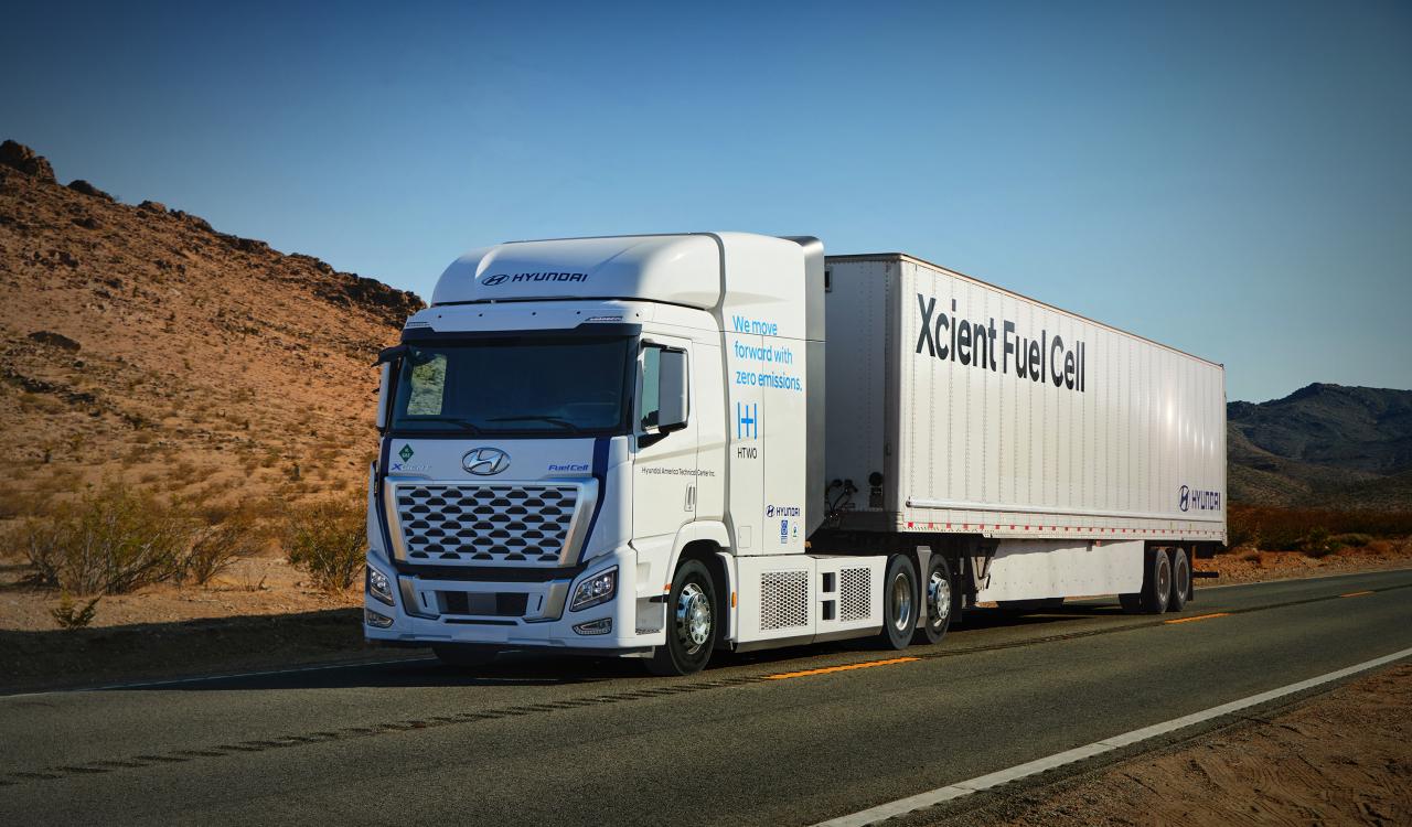 Hyundai Motor's Xcient fuel-cell trucks. (Hyundai Motor)