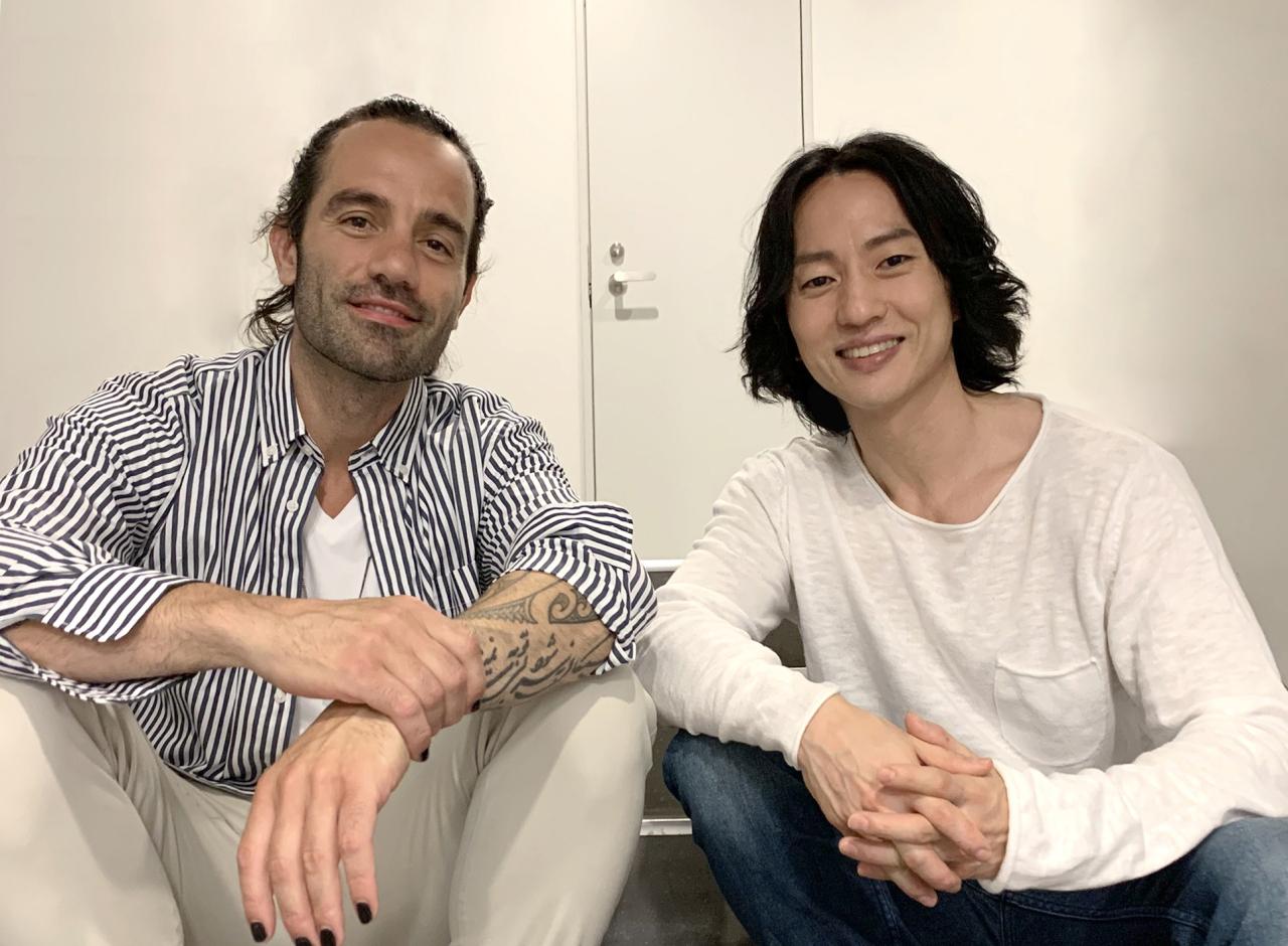 Stage actors Ramin Karimloo (left) and Michael Lee (Clip Service)