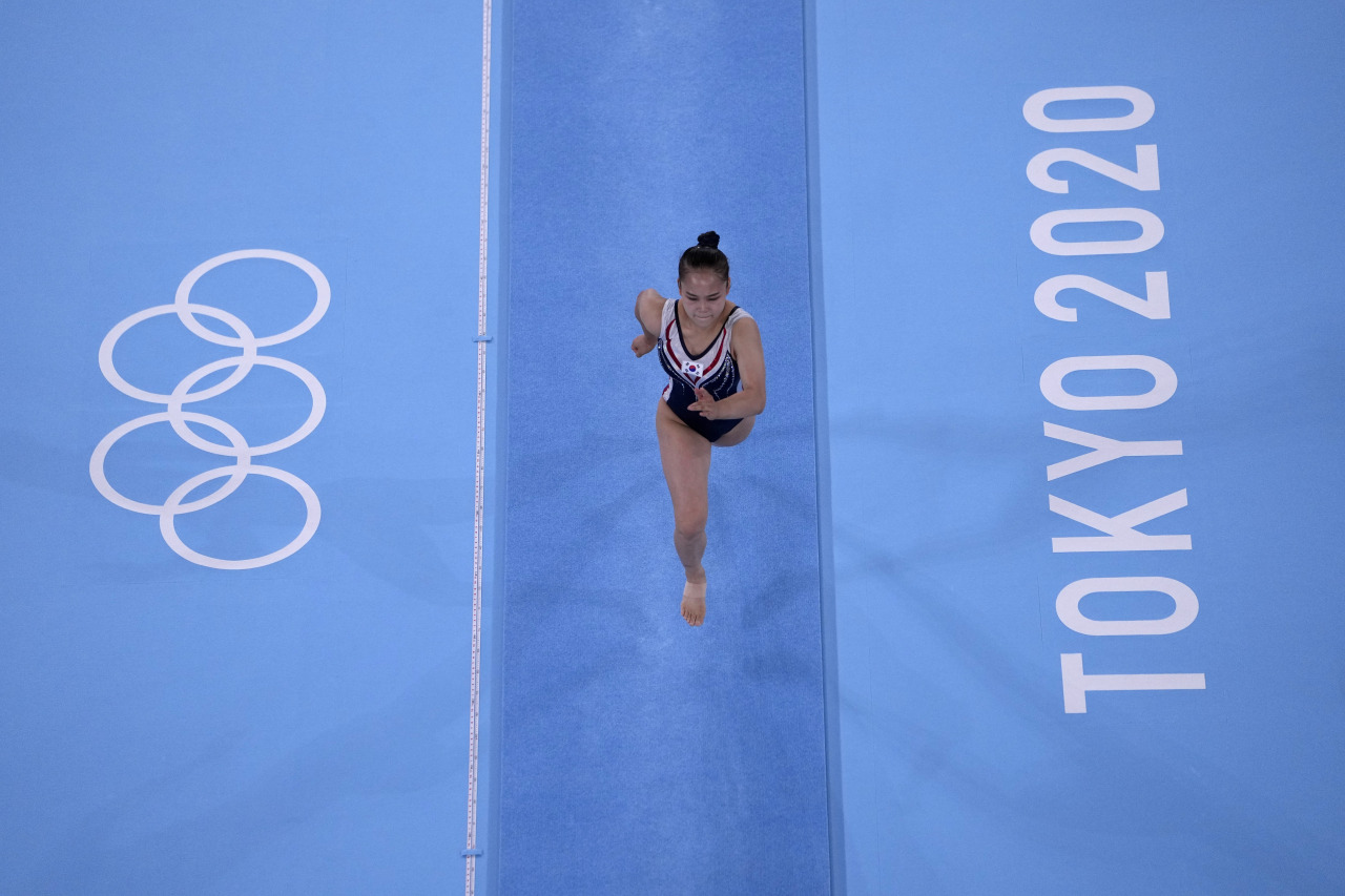Yeo Seo-jeong, of South Korea, competes in the women's artistic gymnastics vault final at the 2020 Summer Olympics, Sunday, Aug. 1, in Tokyo, Japan. (Yonhap)