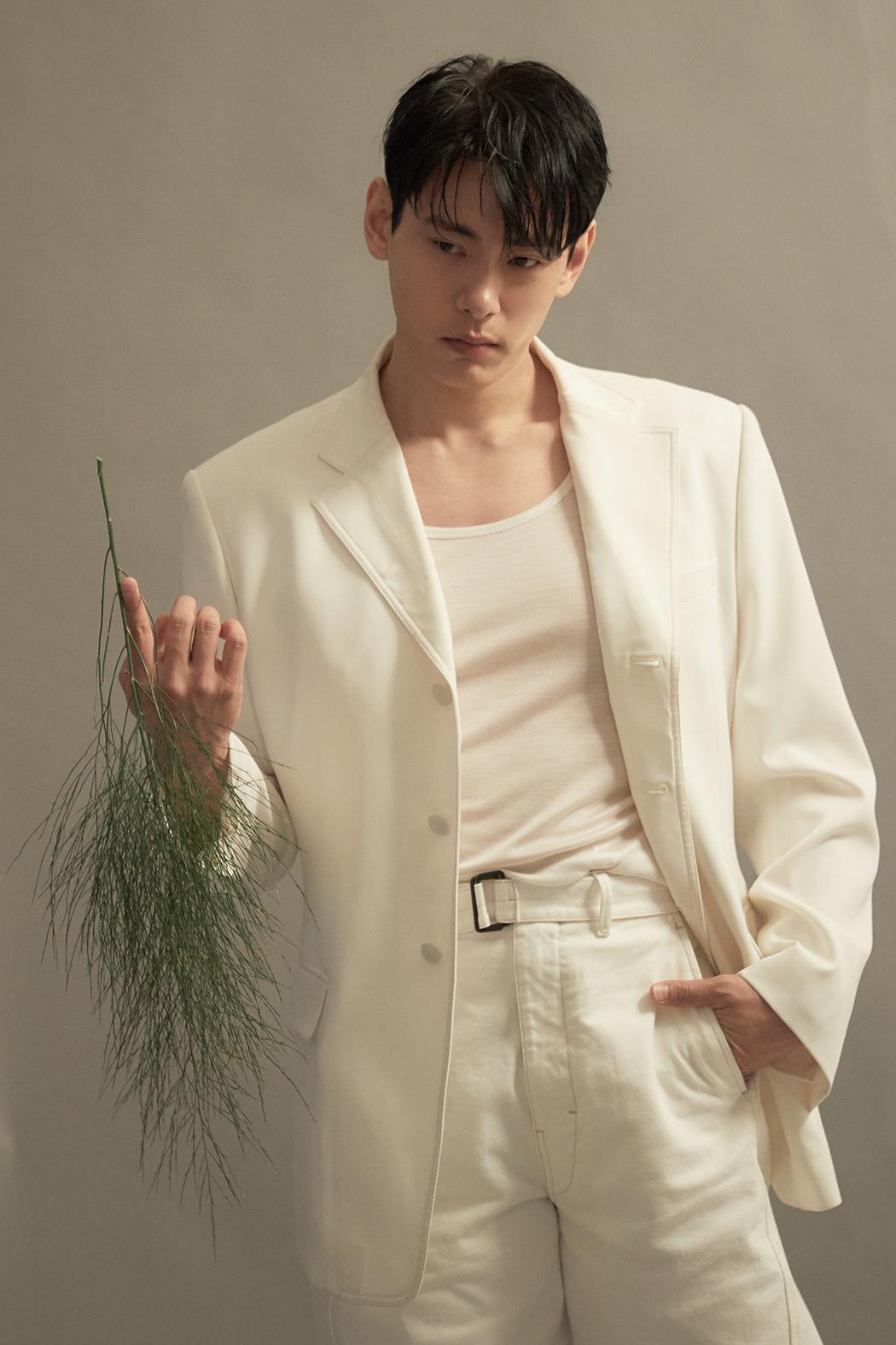 Yoo Teo (C-Jes Entertainment)