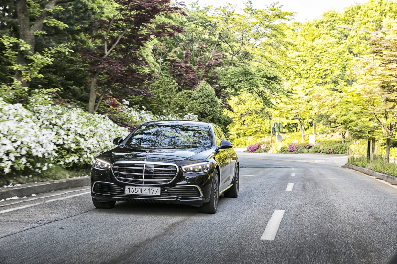 Mercedes-Benz S-Class (Mercedes-Benz Korea)