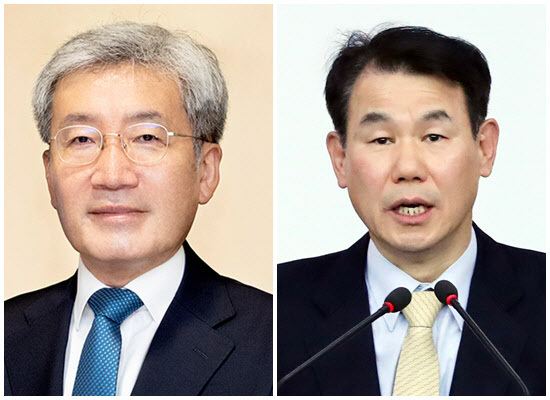 From left: Koh Seung-beom, a member of the Bank of Korea's monetary policy board and Jeong Eun-bo, South Korea`s chief negotiator for defense cost-sharing talks with the US. (Yonhap)