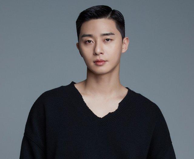Korean actor Park Seo-joon (Awesome ENT)