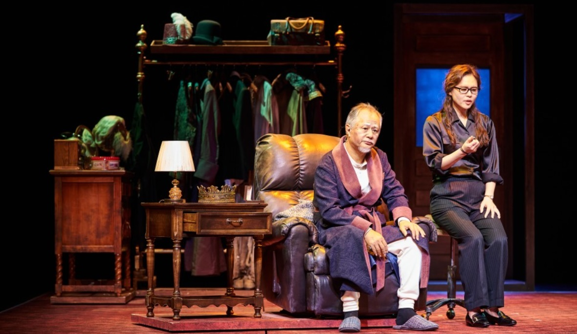 """Actor Song Seung-whan as Norman in """"The Dresser"""" (Jeongdong Theater)"""