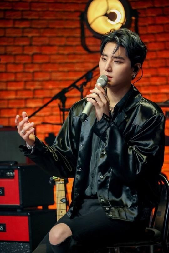 (Credit: JYP Entertainment)