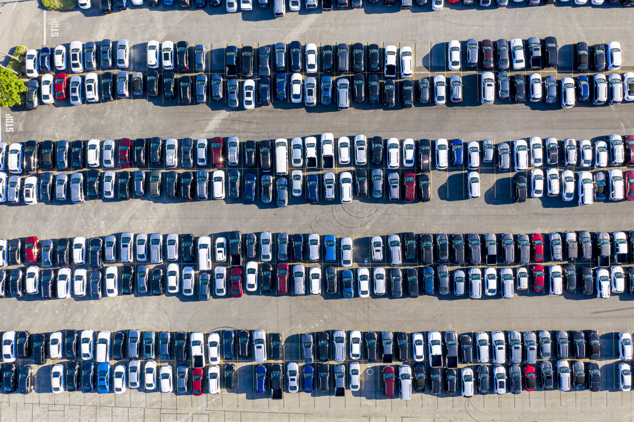 Used cars on sale (Getty Image Bank)