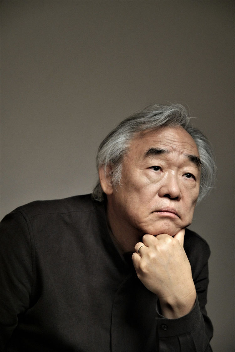 Pianist Paik Kun-woo (Vincero)