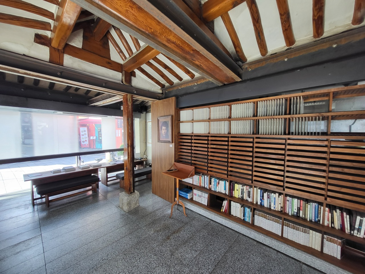Archives and printed copies of Lee Sang's writings are available to read at Lee Sang's House. (Kim Hae-yeon/The Korea Herald)