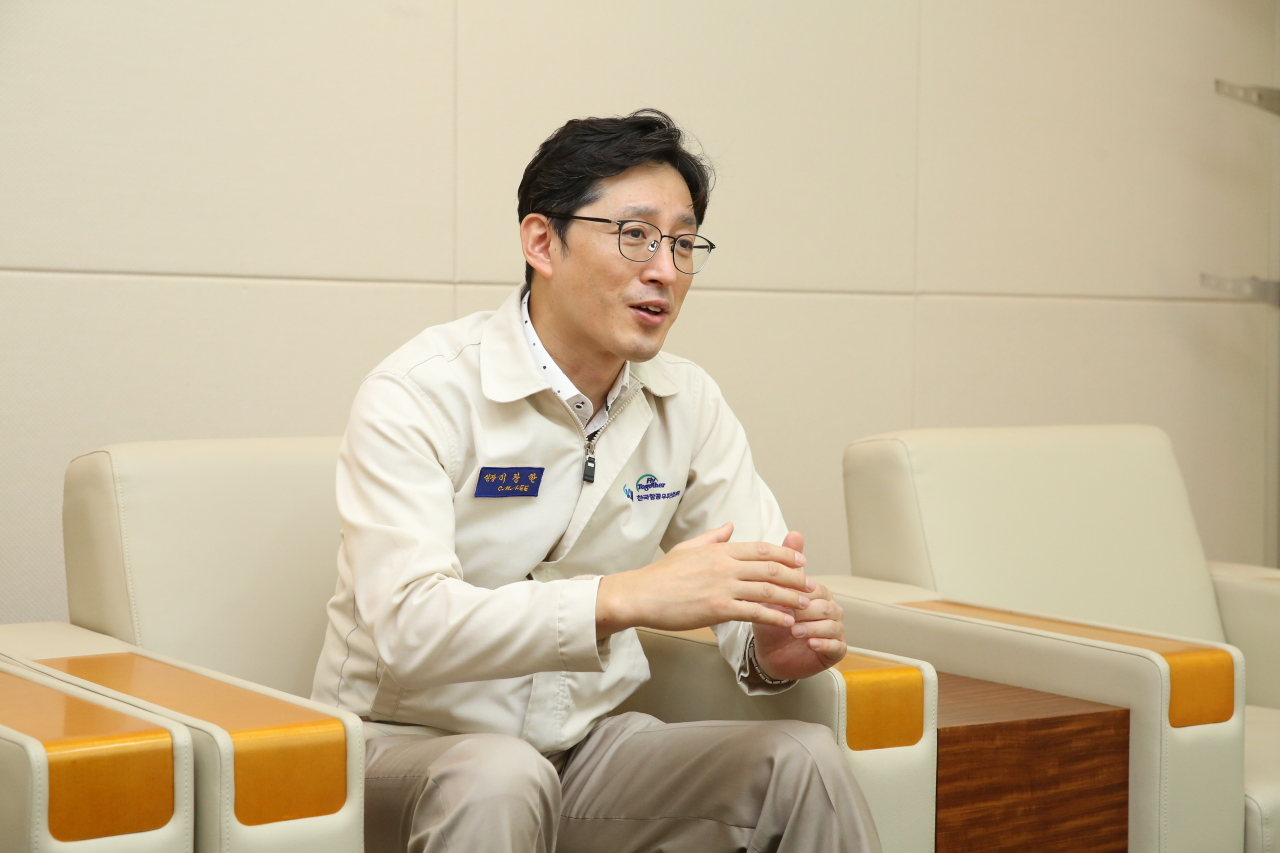 Lee Chang-han, director and head of the space business department at Korea Aerospace Industries, speaks to The Korea Herald at the company's Seoul office on Sept. 3. (KAI)