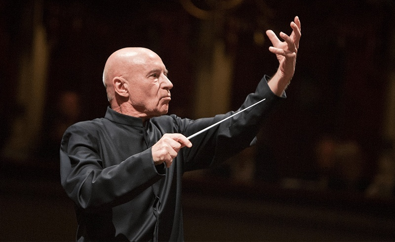 Conductor Christoph Eschenbach (Luca Piva / KBS Symphony Orchestra)