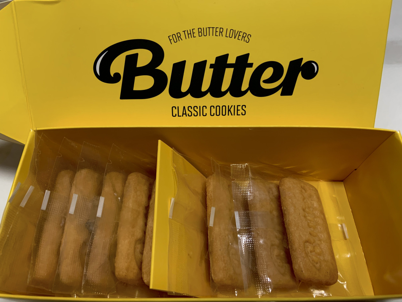"""This file photo shows the inside of the """"Butter"""" cookie box. (Park Jun-hee/The Korea Herald)"""